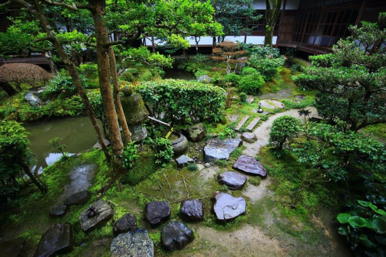 Water Sources: 6 Ideas To Decorate Your Garden
