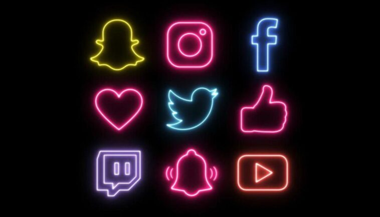 Get Neon Logos for iOS 14: Snapchat, Instagram, Tiktok, Facebook And Netflix!