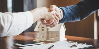 An Explained Guide On What Does A Real Estate Lawyer Do